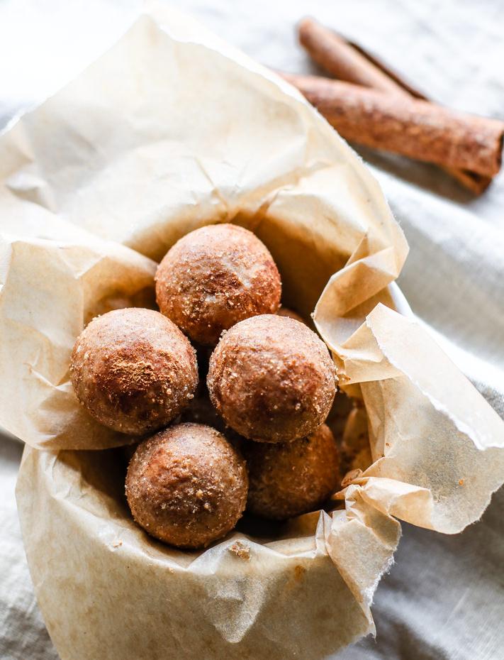 No Bake Cinnamon Vanilla Breakfast Bites by Cotter Crunch