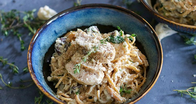 Cauliflower Cream Lentil Pasta with Spinach and Mushrooms