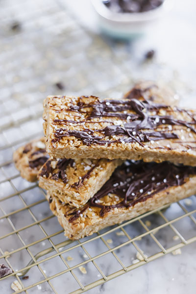 Creamy and rich, these Honey Peanut Oat Bars are the perfect breakfast, snack or dessert! | NOMaste Kitchen