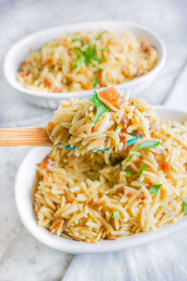 Orzo with Mushrooms and Onions